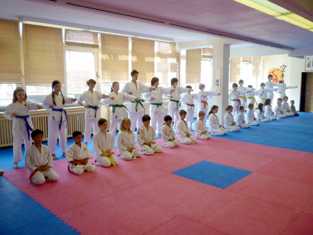 Kinder_Karate_Muenster_Budosportcenter.jpg
